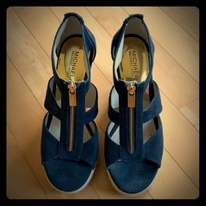 MK Navy wedge sandals EXCELLENT condition sz 7.5